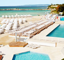 Børnevenlige hotel White Lagoon Beach Resort.