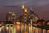 Fly og hotel i Frankfurt