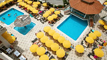 Villa Sunflower 1 - familiehotel med gode børnerabatter.