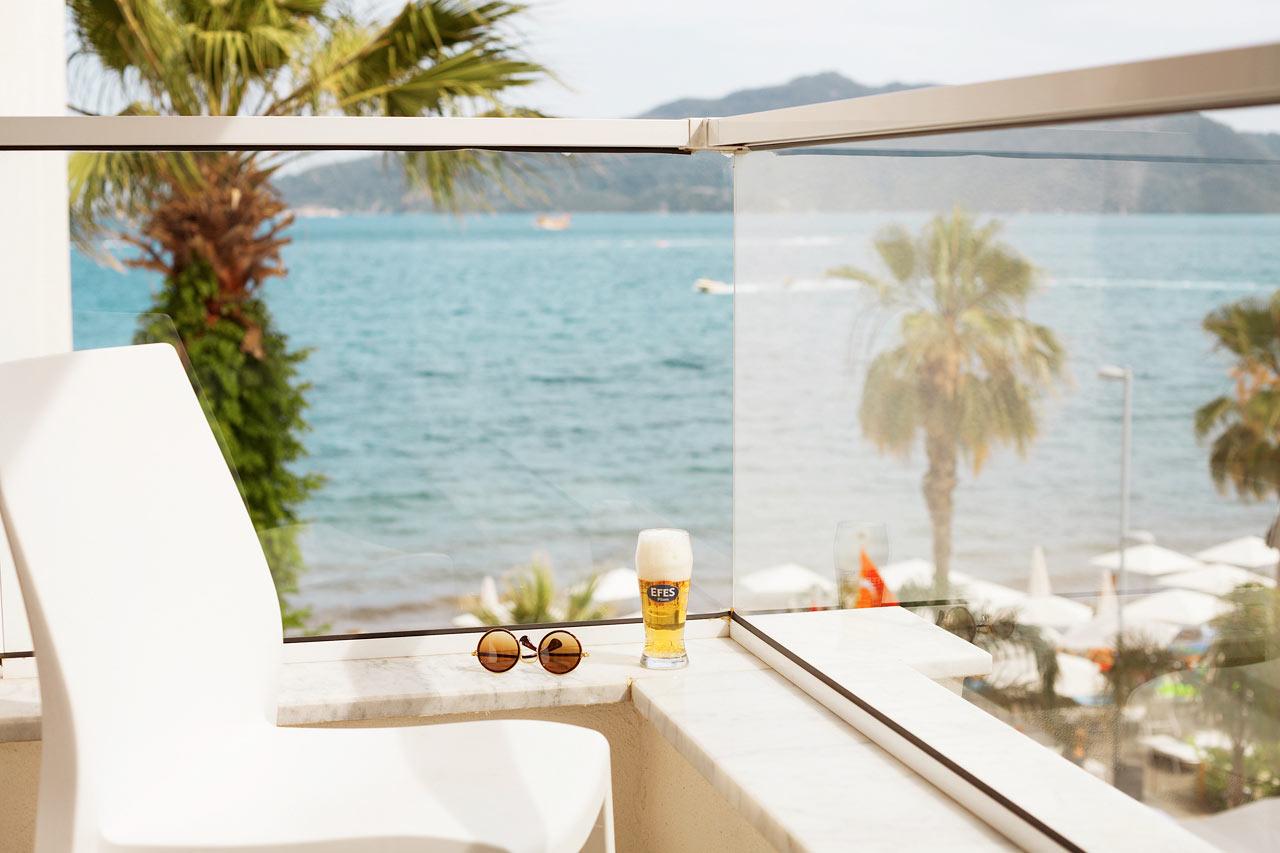 Sunprime Beachfront - Prime Room med begrænset havudsigt
