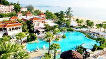 Hotel Centara Grand Beach Resort Phuket – bestil nemt og bekvemt hos Spies