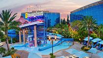 Disneyland Hotel - Anaheim - familiehotel med gode børnerabatter.