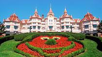 Disneyland®Hotel inkl. entrébilletter - familiehotel med gode børnerabatter.