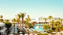 Sunwing Sandy Bay Beach - børnevenligt hotel kun hos Spies