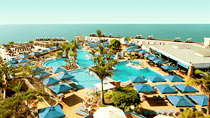 All Inclusive på hotel SunConnect Servatur Puerto Azul. Kun hos Spies.
