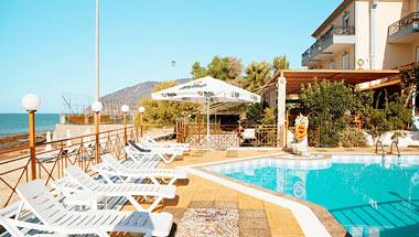 Pebble Beach Hotel