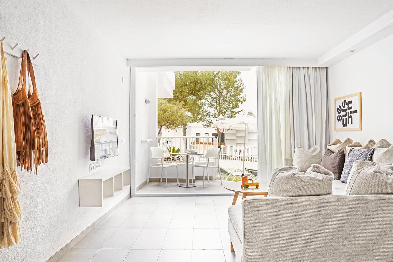 3-værelses Big Family-lejlighed med balkon i stueplan mod omgivelserne i Victoria
